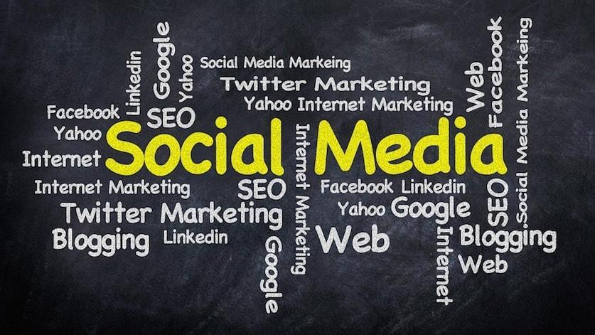social-media-423857_960_720-min