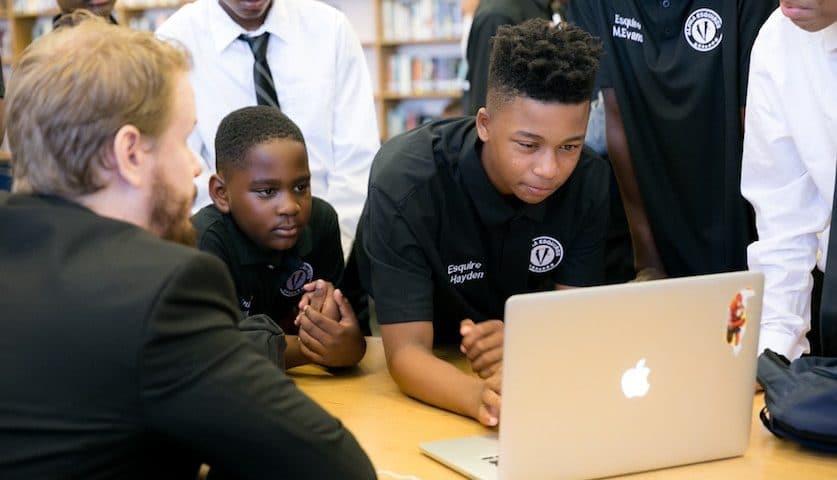 Hawaiian Tech Startup Partners to Teach Kids How to Code